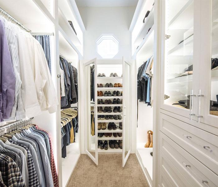 custom-closet-modern-white-glass-lights