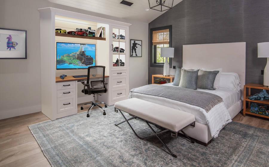 custom-shiplap-students-desk-white-wood-stain-bedroom