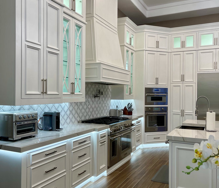 custom-traditional-white-kitchen-cabinets-and-countertop