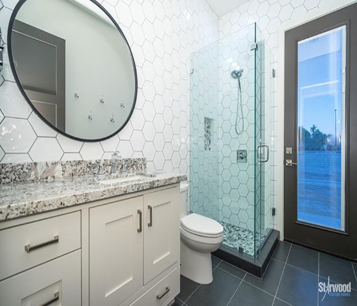 mcomber-custom-bathroom