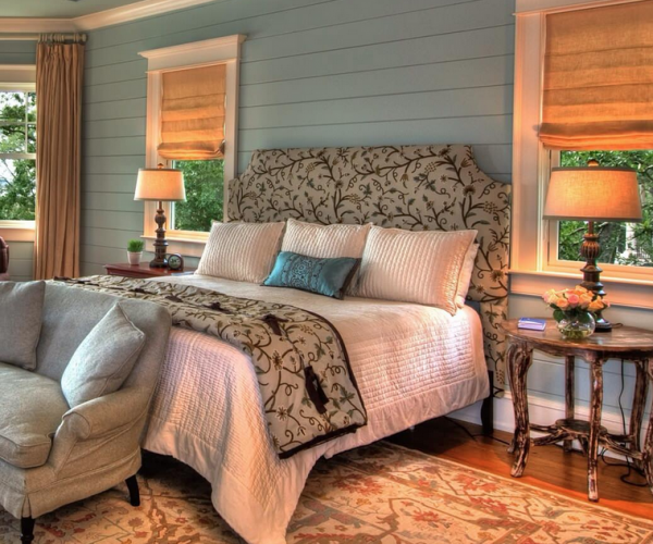 shiplap-bedroom-wall-blue